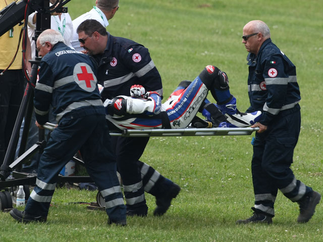 Vídeo de Superbike: La espeluznante caída de Monza