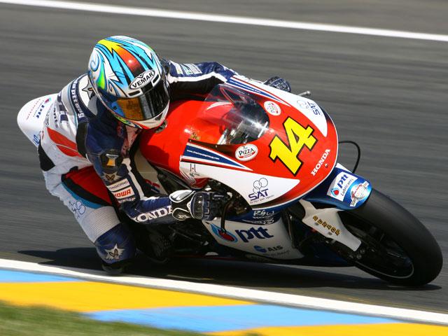 Simonceli (Gilera) vencedor en Le Mans. Faubel, segundo
