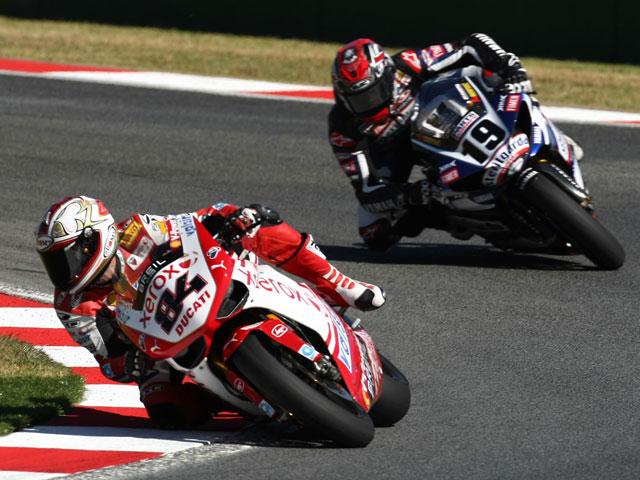 Doblete de Haga y de Ducati