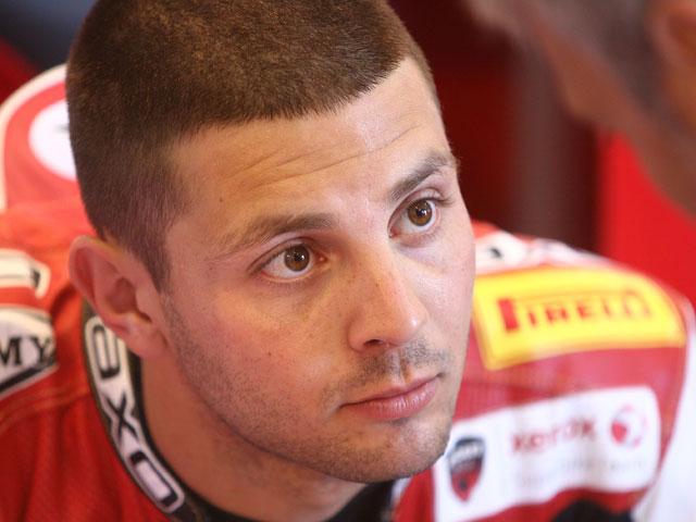 """Haga (Ducati): """"No esperaba mantener el ritmo de Fabrizio y Spies"""""""