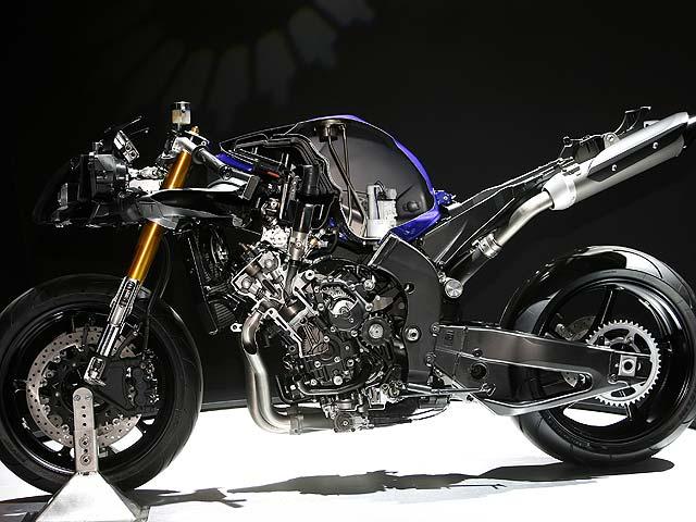 Poderosas: Yamaha YZF-R1 y FZ6 S2