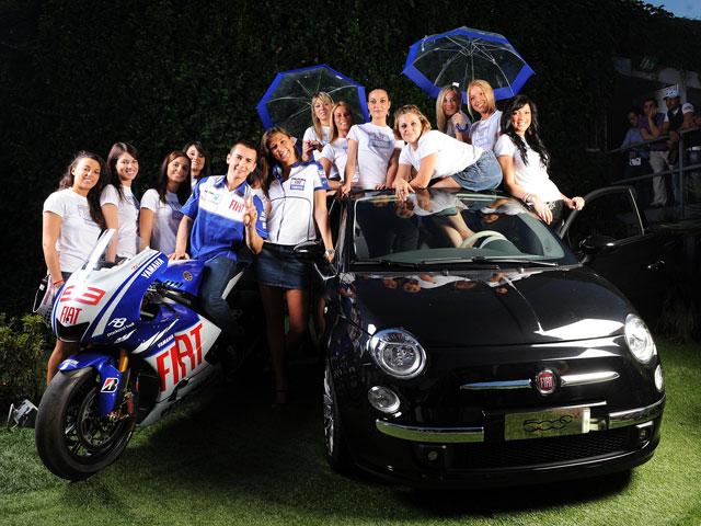 """Imagen de Galeria de El Fiat Yamaha encuentra """"paragüeras"""" para el GP de Italia"""