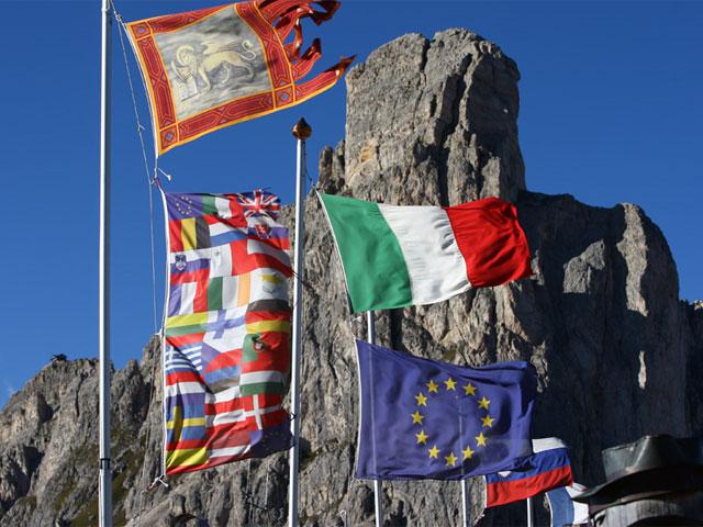 "Dainese y AGV presentan el ""Italian Legendary Tour"""