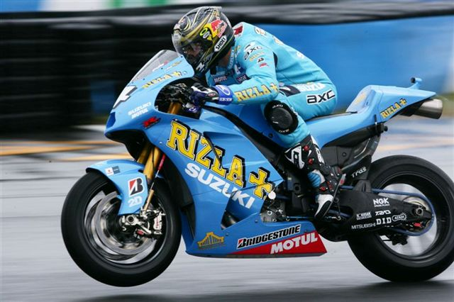 La moto de Capirossi y Vermeulen: Suzuki GSV-R