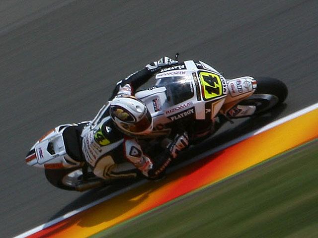 Pole de Lorenzo (Yamaha) en territorio Rossi