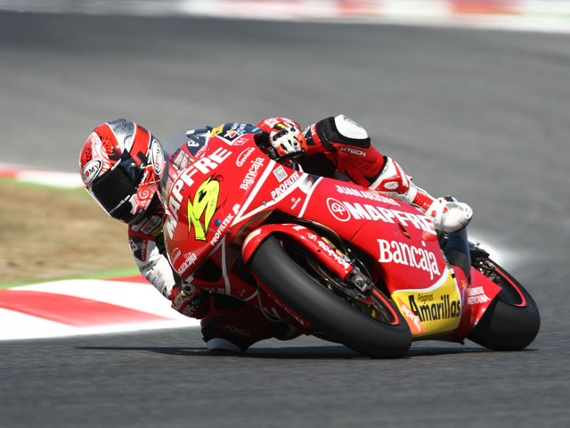 Héctor Barberá, pole en el GP de Cataluña en 250 cc