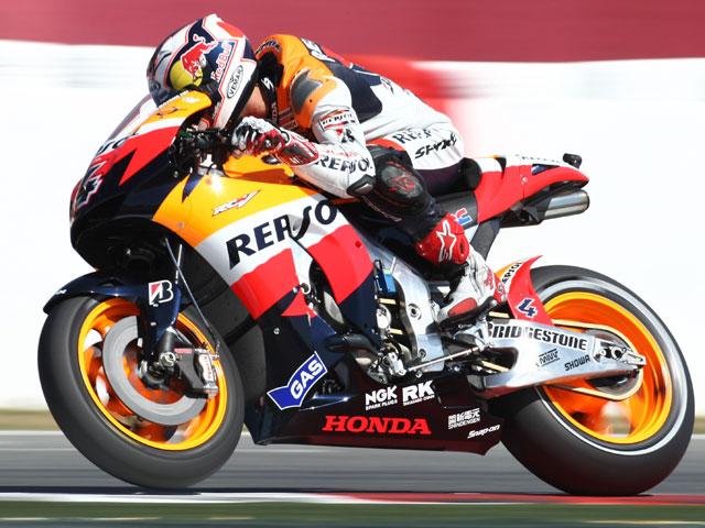 Rossi se impone a Lorenzo en Montmeló