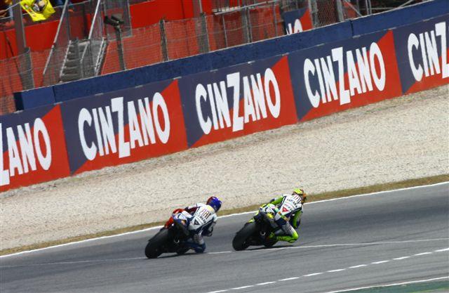 Imagen de Galeria de Rossi-Lorenzo en Montmeló: ¿La mejor última vuelta de la historia de MotoGP?