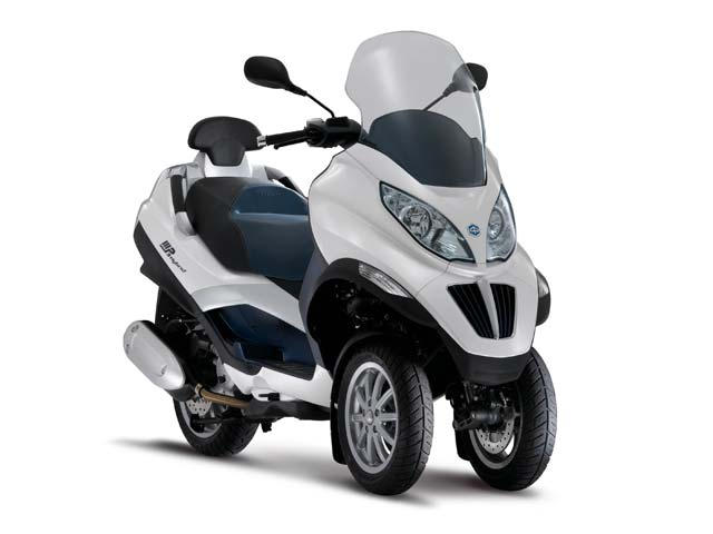 Imagen de Galeria de Piaggio MP3 Hybrid: un scooter con motor eléctrico y de gasolina