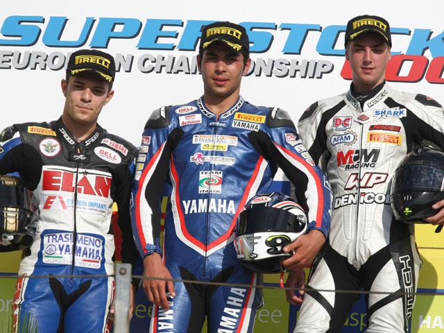 Berger y Petrucci ganan en Superstock
