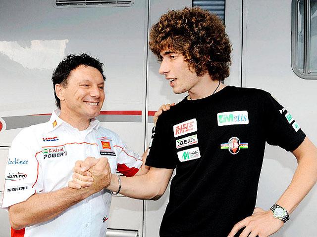 Imagen de Galeria de Marco Simoncelli firma por el equipo de Gresini para 2010 en MotoGP