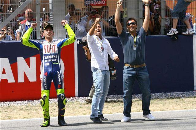 Valentino Rossi: 100 victorias en 100 fotos