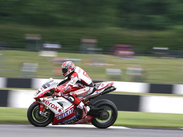 Noriyuki Haga (Ducati) será operado esta tarde