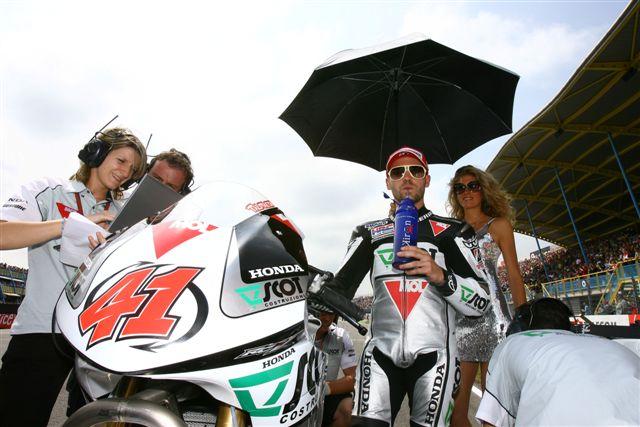MotoGP. Talmacsi se queda, Takahashi se va