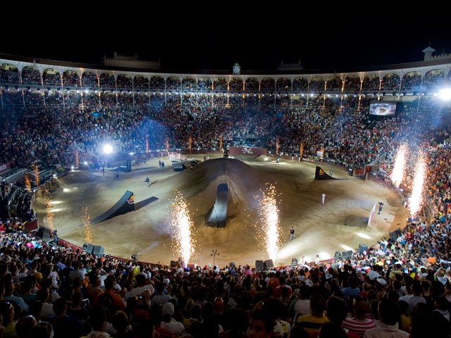 Imagen de Galeria de Red Bull X-Fighters llega a Las Ventas