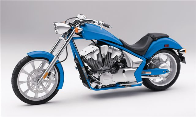 Novedades Honda motos 2010: Goldwing y custom VT 1300 CX