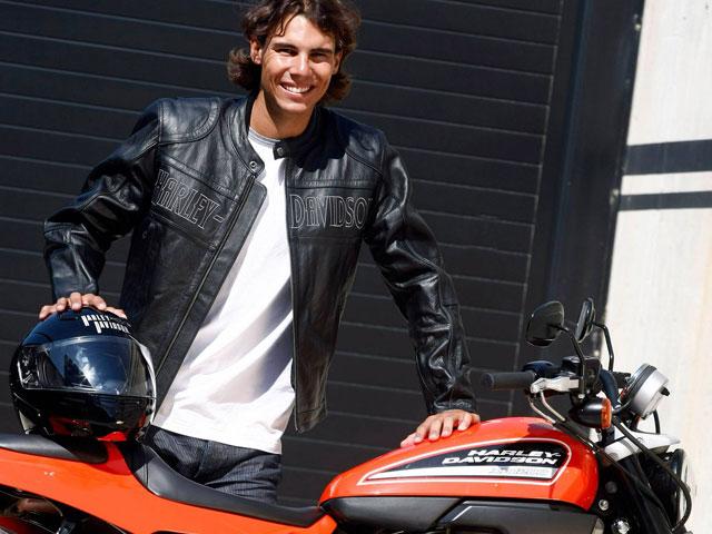 Imagen de Galeria de Rafa Nadal con una Harley-Davidson XR1200