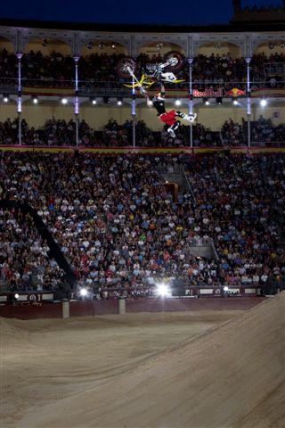 Dany Torres gana el Red Bull X-Fighters de Madrid 2009