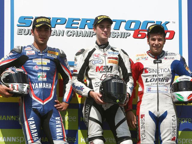 Imagen de Galeria de Javier Forés sube al podio de Brno en Superstock 1000