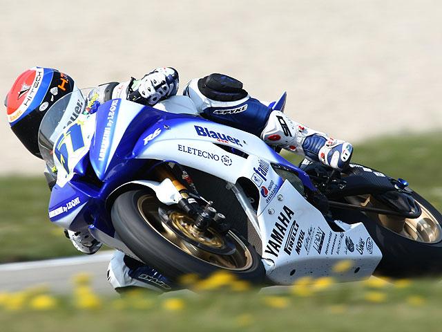 Imagen de Galeria de Pirro y Moretti campeones italianos de Supersport y 125GP