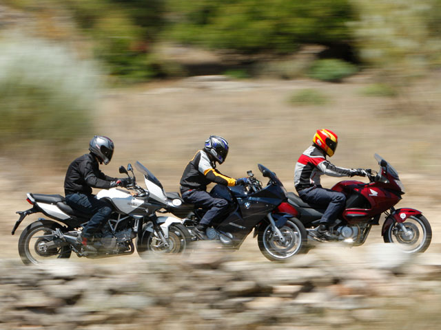 Imagen de Galeria de Aprilia, BMW y Honda: Compañeras de viaje