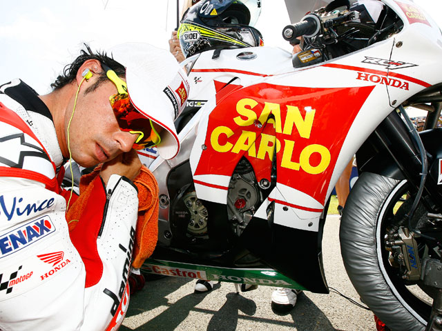 """Elías: """"Si no tengo sitio en MotoGP correré en SBK o en Moto2"""""""