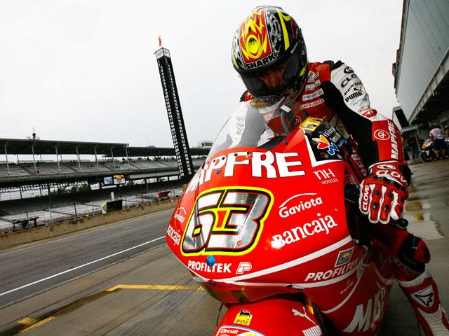 Imagen de Galeria de Mike Di Meglio se lleva la pole de 250cc en Indianápolis