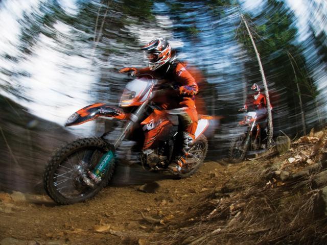 """KTM refuerza toda su gama """"off-road"""" para el 2010"""