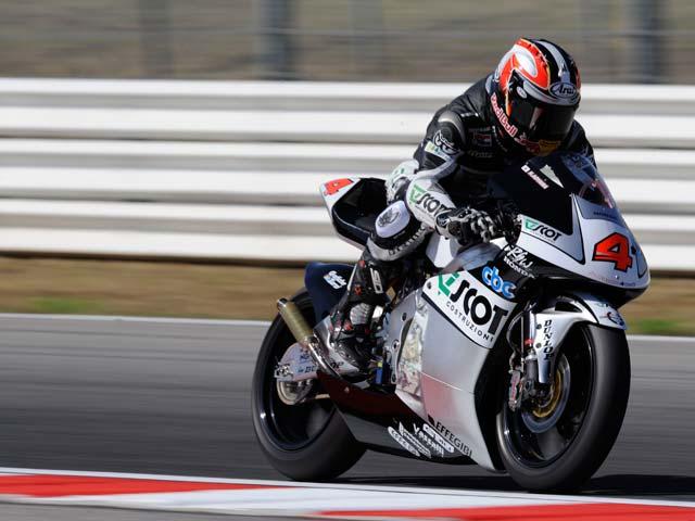 Victoria de Barberá en el GP de Misano. Bautista recorta puntos a Aoyama