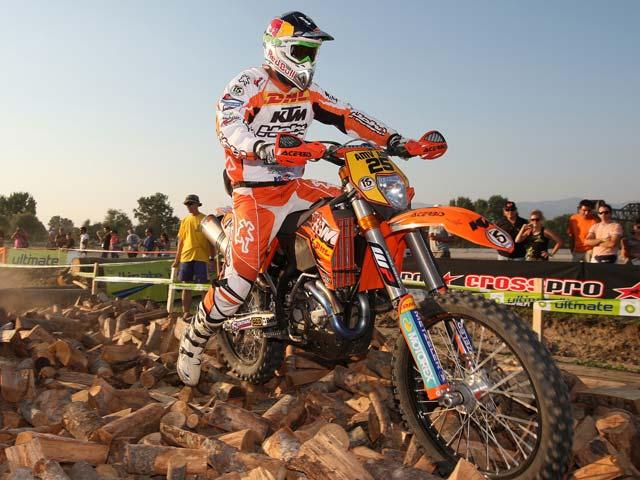 Iván Cervantes logra su cuarto título de Campeón del Mundo de Enduro