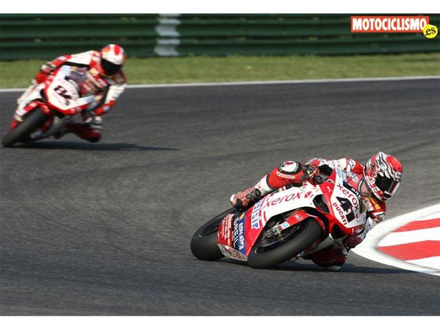 Imagen de Galeria de Fotos del Mundial de Superbike y Supersport en Imola
