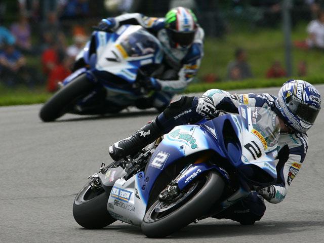 Leon Camier, nuevo campeón del Británico de Superbike