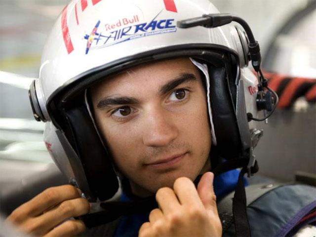 Dani Pedrosa, duelo aire- tierra con Alejandro Maclean