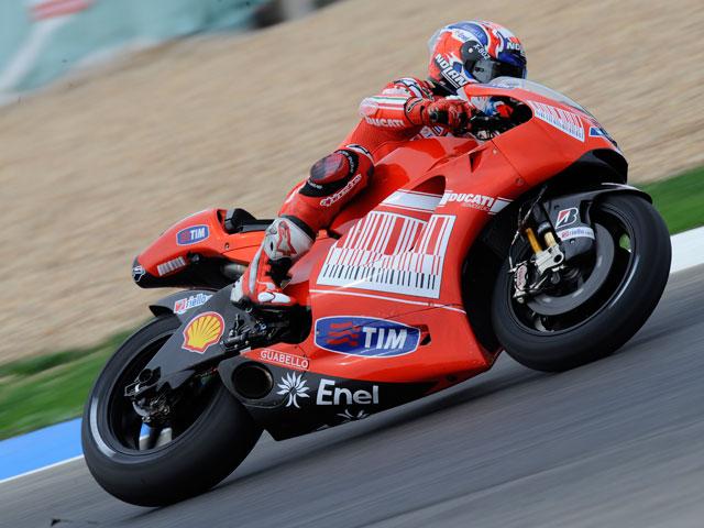 Jorge Lorenzo gana la lucha por la pole en Estoril