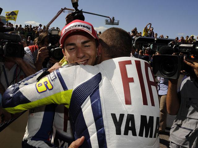 Rossi y Lorenzo, nuevo duelo en Australia