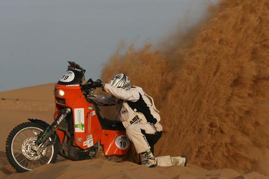 Imagen de Galeria de Los dakarianos miden sus fuerzas en el Rally de Marruecos