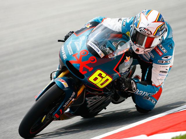 Márquez bate al campeón del mundo de 125