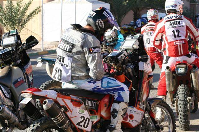 Jordi Viladoms sigue líder en el Rally de Marruecos