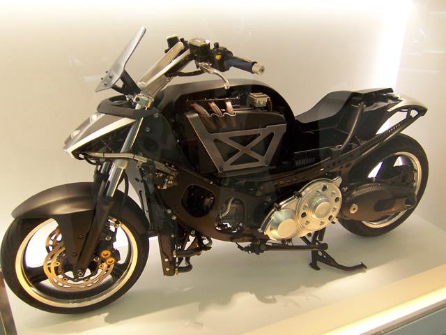 Yamaha presenta en Tokio su moto con motor híbrido