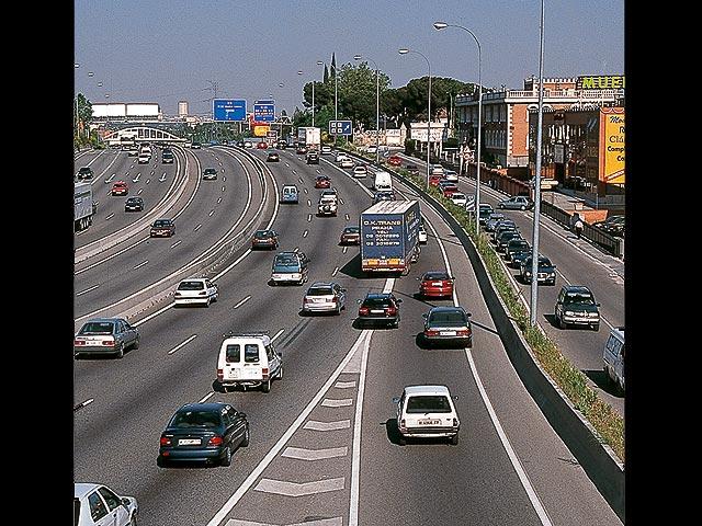 Las motos ganan terreno en Madrid