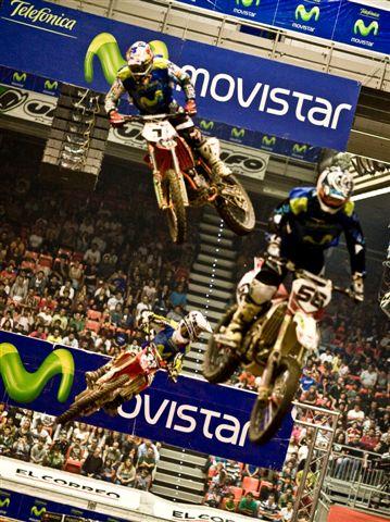 Torres y Coulon pusieron patas arriba el Bizkaia Arena en el SX de Bilbao