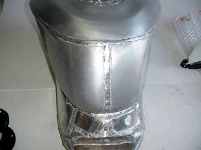 Tamburini presenta un depósito de aluminio para Ducati