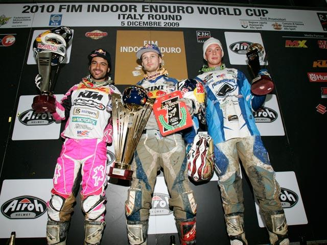 Blazusiak, Cervantes y Ljunggren, podio de la segunda de enduro indoor