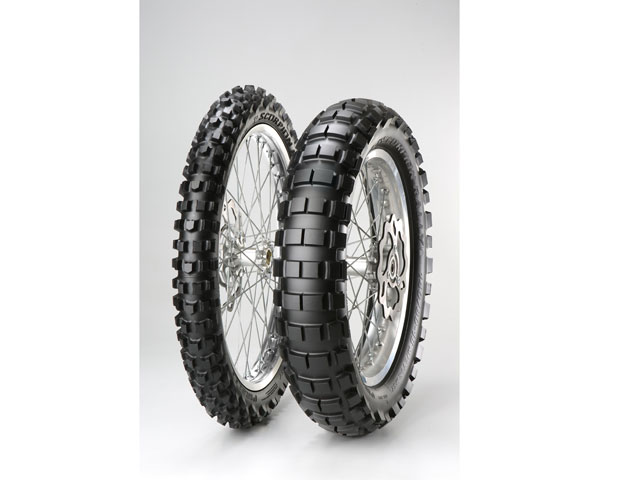 Marc Coma busca la victoria en el Dakar con los Pirelli Scorpion Rally