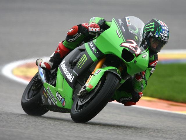 John Hopkins en la parrilla de MotoGP 2010
