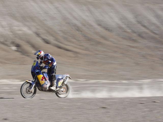Marc Coma lidera la sexta etapa y remonta cuatro posiciones en la general