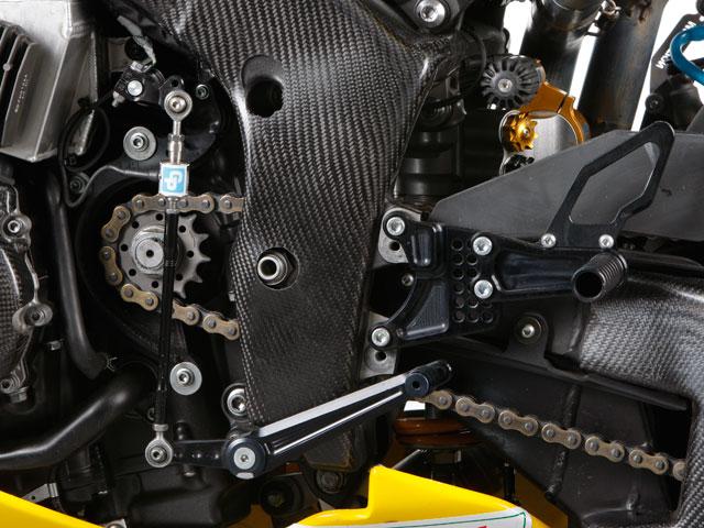 Preparación de la moto para correr en velocidad en España