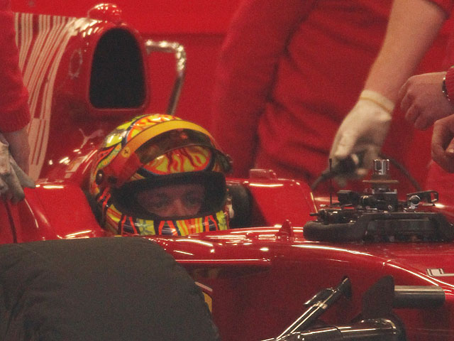 Imagen de Galeria de Valentino Rossi concluye sus entrenamientos con Ferrari