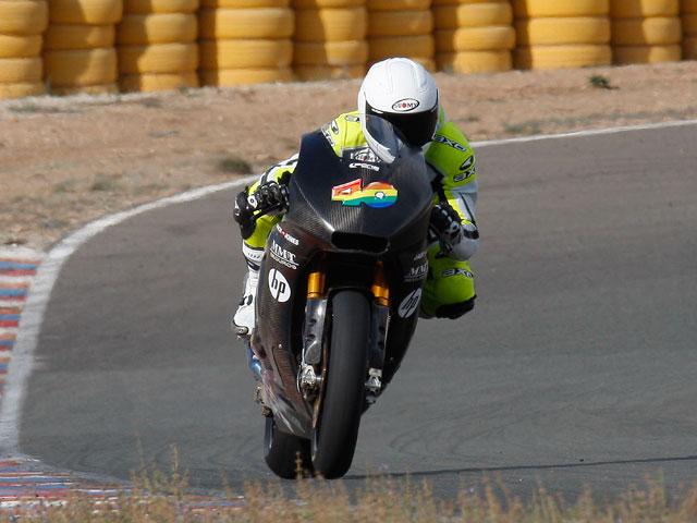 Imagen de Galeria de El equipo Pons Racing, en Valencia con las Pons Kalex de Moto2