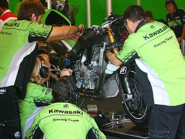 Kawasaki rompe con Eckl